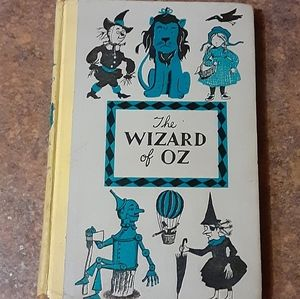 Vintage The Wizard of Oz Collectible Hardcover Boo